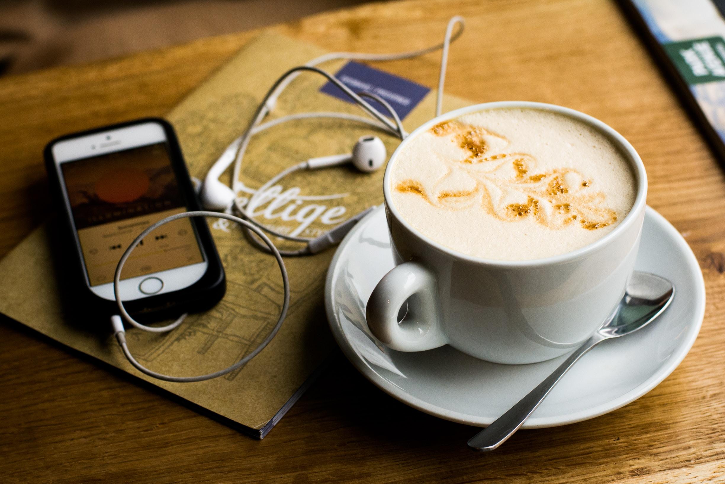 Podcast und Kaffee